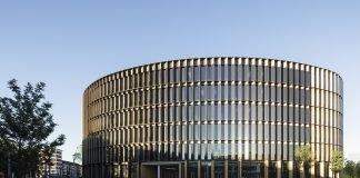 Außenansicht des Freiburger Rathauses. Bild: HGEsch.