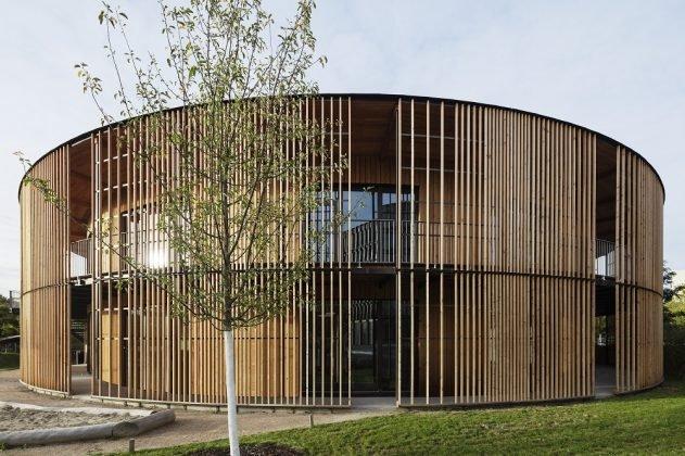 Die Kindertagesstätte des neuen Rathauses in Freiburg. Bild: HGEsch.