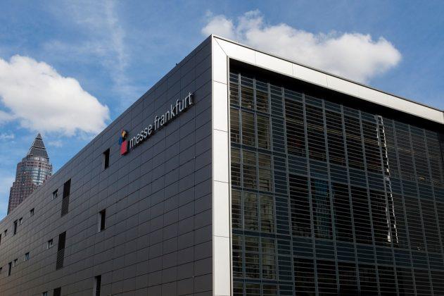 Außenansicht der neuen Messehalle 6. Bild: Jean-Luc Valentin/Messe Frankfurt