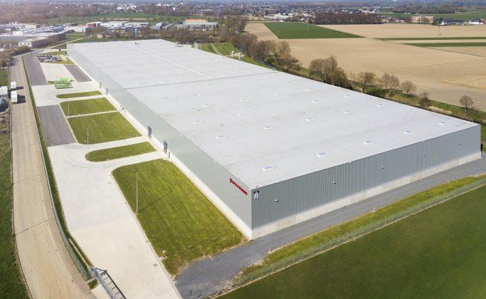 Die erste deutsche Produktionsstätte von Firestone. Bild: Firestone Building Products Company