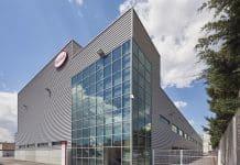 Henkels neue Fertigungsanlage ist in Montornès del Vallès eröffnet worden. Bild: Henkel