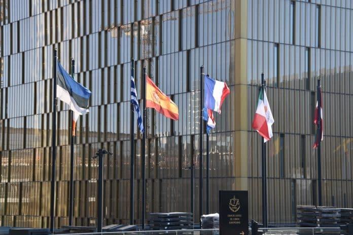 HOAI EU-Dienstleistungsrichtlinie Architektenhonorar Ingenieurhonorar