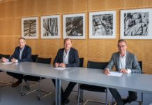 Die Unterzeichnenden der Kooperation (v. l.): M. Falenski, F. Pakleppa, Dr. T. Prinz. Bild: T. Budde